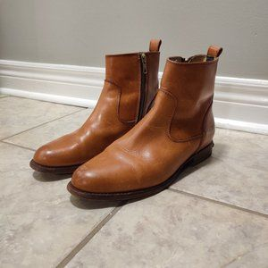 Frye Leather Boots - Rich Tan